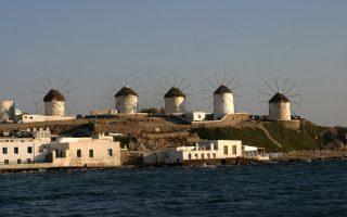 three-arrested-on-holiday-island-of-myconos-over-drug-prostitution-racket