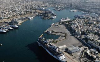 piraeus-port-authority-facing-problems-due-to-tax-woes
