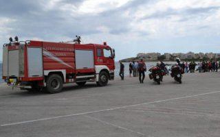 british-journalist-coast-guard-unable-to-save-man-who-drove-into-sea-at-rafina