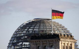 german-parliament-to-vote-on-greek-package-on-wednesday-morning