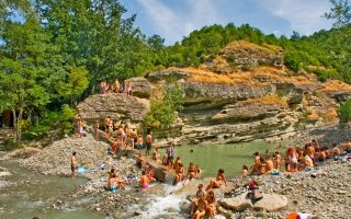 river-party-nestorio-august-18-23