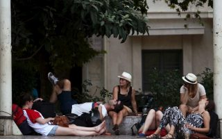 crisis-what-crisis-say-tourists-flocking-to-greece