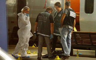 greek-us-officer-among-three-to-disarm-gunman-on-train