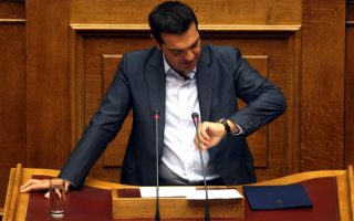 tsipras-wins-bailout-vote-faces-widening-rebellion