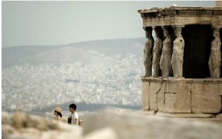 alert-issued-over-air-pollution-in-athens0