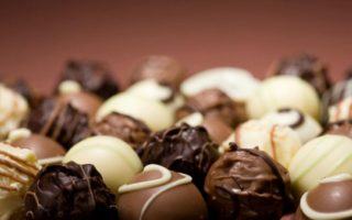 efet-orders-withdrawal-of-belgian-chocolates-sold-at-athens-airport