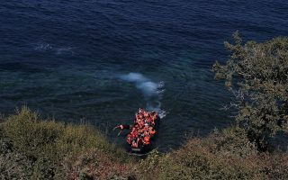 despair-for-drowned-children-off-farmakonisi