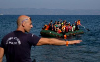 island-coast-guards-port-authorities-to-meet-with-minister-over-refugee-crisis