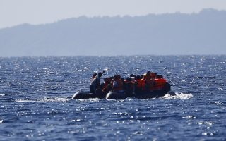 greece-probes-report-of-boat-stopping-migrants
