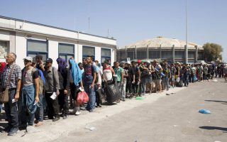 deeply-divided-eu-to-hold-emergency-summit-on-migrant-crisis