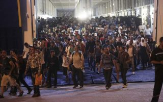 finmin-officials-to-tackle-migrant-crisis