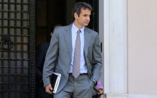 mitsotakis-first-to-declare-will-run-for-nd-leadership