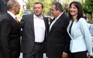 greece-amp-8217-s-new-cabinet-sworn-in