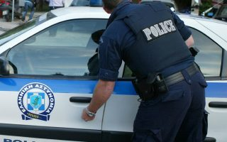 man-arrested-at-crete-port-after-artifacts-found