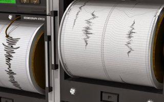 moderate-tremor-rattles-crete