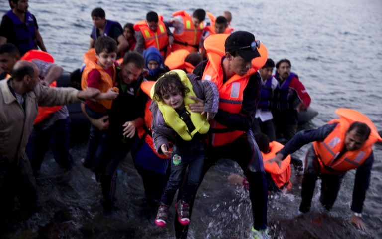 drone-captures-tide-of-migrant-dinghies-streaming-to-lesvos0
