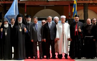 cyprus-amp-8217-s-christian-muslim-leaders-offer-peace-talks-support