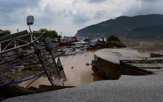 army-joins-repair-efforts-on-weather-battered-skopelos
