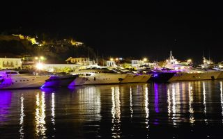yachting-cruise-sector-records-turnover-dip-for-2014
