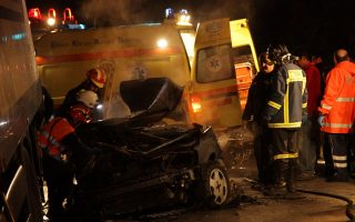 freak-accident-leaves-one-dead-five-injured-on-athens-lamia-highway