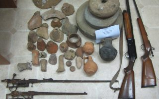 police-discover-illegal-artifacts-weapons-in-northern-greece-home-raid
