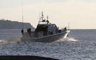 migrants-come-ashore-on-british-raf-base-in-cyprus