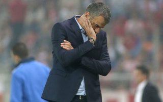 aek-coach-dellas-tenders-resignation