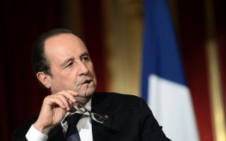 tight-security-in-central-athens-for-hollande-visit