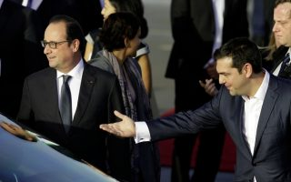 french-president-hollande-arrives-in-athens-for-two-day-visit