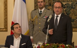 hollande-to-praise-greek-amp-8216-attachment-amp-8217-to-europe