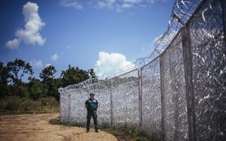 balkans-struggles-with-growing-backlog-of-migrants0