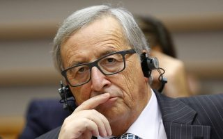juncker-calls-on-greece-to-agree-to-joint-sea-patrols-with-turkey