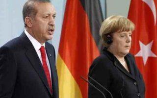as-merkel-erdogan-discuss-refugee-crisis-more-die-in-aegean0