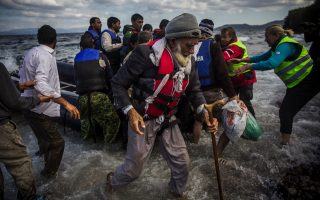 ec-approves-aid-as-greece-prepares-to-host-more-migrants