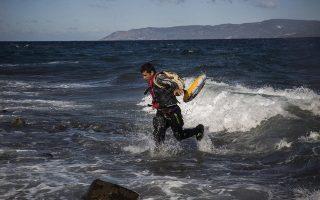death-toll-in-migrant-boat-shipwrecks-rises-to-22