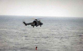 helicopters-winch-lebanese-syrian-migrants-from-sea-off-cyprus