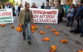 greek-farmers-rally-in-athens