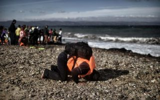 greece-to-relocate-first-group-of-30-refugees-to-luxembourg0