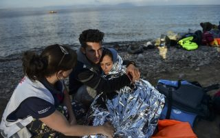 six-migrant-children-drown-on-way-to-greece