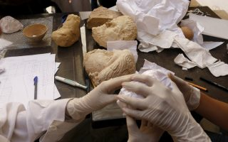 greece-a-transit-country-for-trade-in-illicit-antiquities-from-syria-iraq