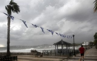 strong-showers-storms-forecast-on-sunday-and-monday