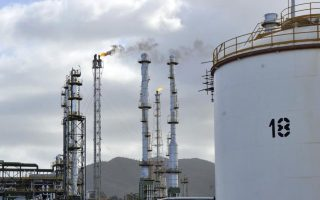 iran-sees-greece-as-conduit-for-re-entering-europe-amp-8217-s-oil-market