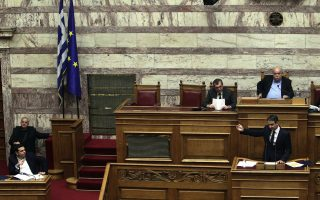 tsipras-and-mitsotakis-trade-views-on-pension-reforms