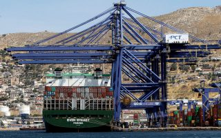marginal-rise-in-container-traffic-for-cosco-subsidiary