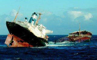 spanish-court-sentences-greek-captain-of-sunken-oil-tanker-to-two-years