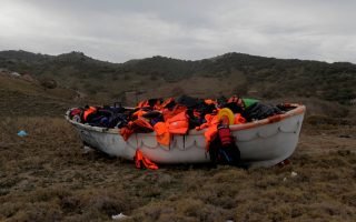 dangerous-mediterranean-crossing-killed-record-number-of-migrants-in-2015-says-agency