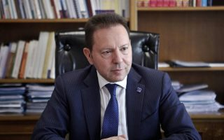 greek-central-bank-chief-says-economy-can-recover-in-2016