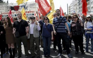 iobe-think-tank-sees-greek-economy-in-recession-this-year