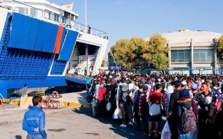 migrant-arrivals-on-greek-islands-slow-some-still-trying-to-leave-turkey0