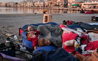 welcome-for-refugees-is-wearing-thin-on-chios